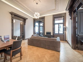 Apartment 569 m from the center of Budapest with Internet, Air conditioning, Was