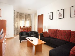 Spacious apartment in Barcelona with Lift, Internet, Washing machine, Balcony