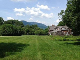 NEW! Historic 1780 Farm House with Mountain Views and 7 Bedrooms