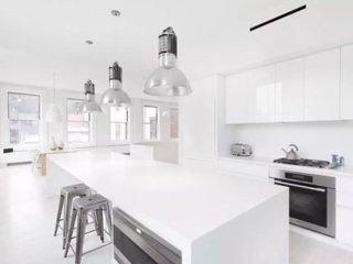 Historical All White Loft - Old Port - Downtown