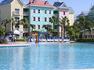 harbourside resort at Atlantis