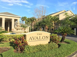 Newly renovated in gated community, affordable - minutes from Clearwater beach