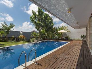 A Luxury Modern 3BR Villa Bay View - Nusa Dua