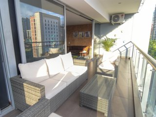 Gorgeous Two Bedroom Balcony Elevator AC #120