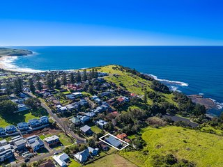 BLUE WATERS, Gerringong - Pay for 2, stay for 3 + 2pm checkout on Sunday!