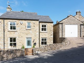 Holiday cottage near Barnard Castle with Hot Tub