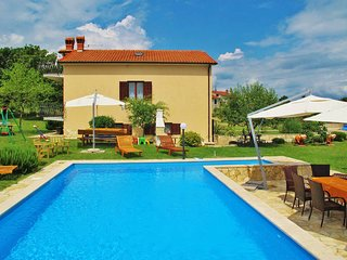 5 bedroom Villa in Pićan, Istarska Županija, Croatia : ref 5439097
