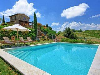 2 bedroom Villa in Trequanda, Tuscany, Italy : ref 5241290