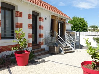4 bedroom Villa in Pontaillac, Nouvelle-Aquitaine, France : ref 5586051