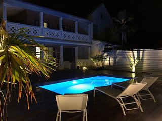 TUKAN... 4 min walk to Orient Beach!!