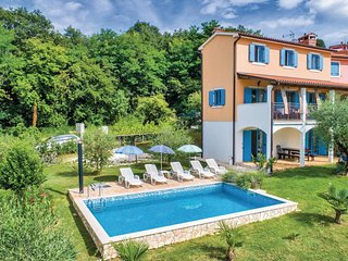 4 bedroom Villa in Mugeba, Istria, Croatia : ref 5564222