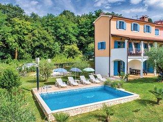 4 bedroom Villa in Mugeba, Istria, Croatia : ref 5564222
