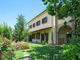 1 bedroom Apartment in Pomaia, Tuscany, Italy : ref 5446474