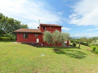 4 bedroom Villa in Passignano sul Trasimeno, Umbria, Italy : ref 5056009