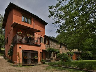 5 bedroom Villa in Cicogna, Tuscany, Italy : ref 5240935