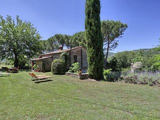 2 bedroom Villa in Ambra, Tuscany, Italy : ref 5055262