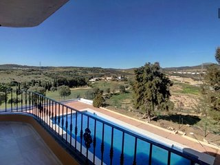 Frontline penthouse 2 bed apartment on Estepona Golf