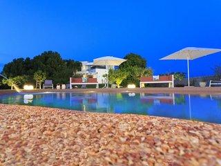 4 bedroom Villa in Matino, Apulia, Italy : ref 5401983