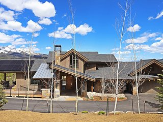 Bask in Stunning Mountain Views in this Modern and Luxurious BRAND NEW Home