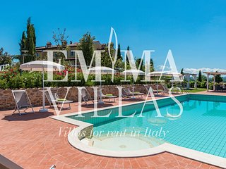 DIMORA SAN JACOPO 12+1 WONDERFUL VILLA WITH POOL FOR YOUR HOLIDAYS IN ITALY