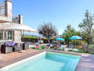 4 bedroom Villa in Lloret de Mar, Catalonia, Spain : ref 5083324