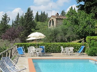 2 bedroom Apartment in Castellina in Chianti, Tuscany, Italy : ref 5447412
