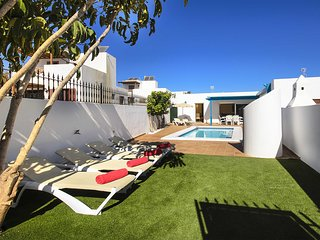 Villa Lapa, your home with fabulous exterior sun terrace