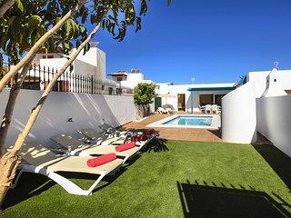 Villa Lapa, your home with fabulous exterior sun terrace