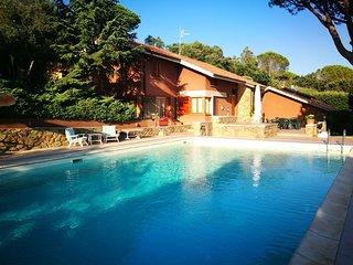 Holiday villa with pool in Castiglione della Pescaia