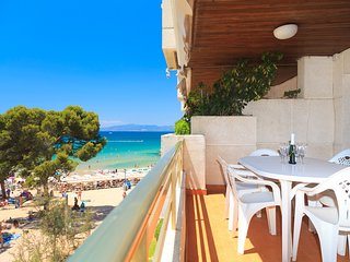 PLAYAMERO 105: Front Line Beach apartment in Playamero complex in Salou center !