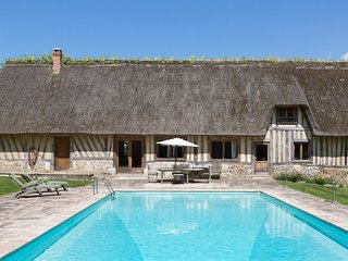 Saint-Maclou Chateau Sleeps 18 with Pool - 5049731