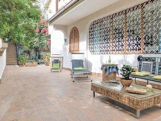 3 bedroom Villa in Lido di Mondello, Sicily, Italy : ref 5545465