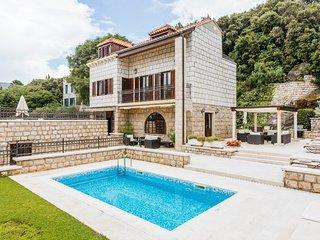 5 bedroom Villa in Lazaret, Dubrovačko-Neretvanska Županija, Croatia : ref 50488