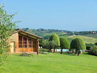 2 bedroom Villa in Luiano, Tuscany, Italy : ref 5055392
