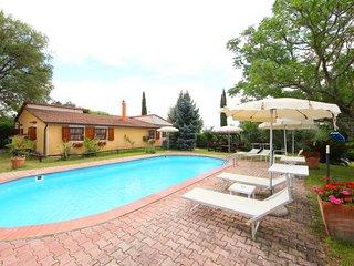 3 bedroom Villa in Roccastrada, Tuscany, Italy : ref 5055789
