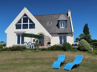 3 bedroom Villa in Kermaquer, Brittany, France : ref 5636196