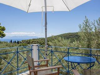 Skopelos Town Villa Sleeps 6 with Pool - 5625435