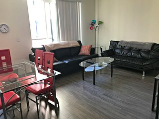2 BR Vacation Rentals at Jackson Street