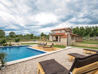 3 bedroom Villa in Perići, Splitsko-Dalmatinska Županija, Croatia : ref 5583475