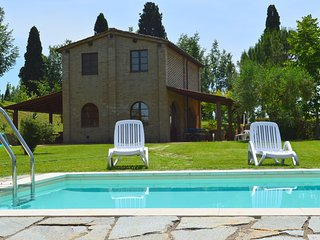 2 bedroom Villa in Castelnuovo Scalo, Tuscany, Italy - 5247803