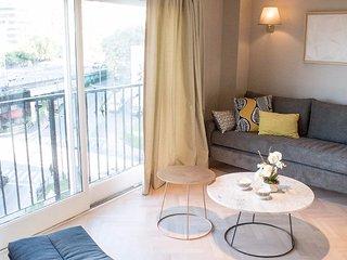 Elegant 3 Bedroom Apartment in Recoleta