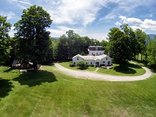 Amazing 100 Acre Estate in the Heart of Manchester. 10 BR