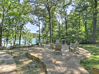 NEW! Greers Ferry Lakefront Home w/Dock & Fire Pit
