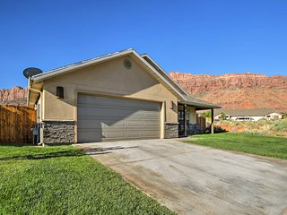 Luxury Moab Home w/ Mtn Views & Pool Access!