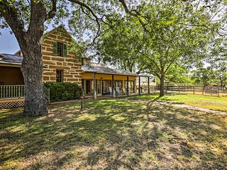 Fredericksburg Home w/ Pool on 22-Acre Farm!
