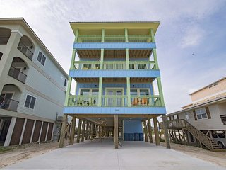 Brand New ~ Great Location ~ Pool ~ Nice N Breezy Beach House ~ Prickett Propert