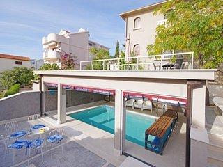 Villa Fantastic Ciovo – Beautiful sea view villa with indoor pool, near Trogir