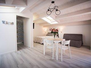 Monolocale Deluxe 'Panarea' - Sciabika Home Edificio Eolie