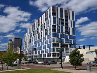 SoBe Downtown Columbus Studio Apartment