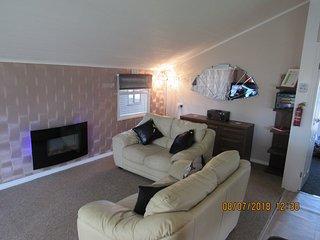 Peregrine Lodge (Home from Home) - Hoburne Park Cornwall (near Liskeard)